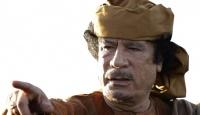 Kaddafi Kapıları Kapattı