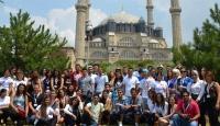 Avrupa'daki Türk Gençliğine Tarih Gezisi