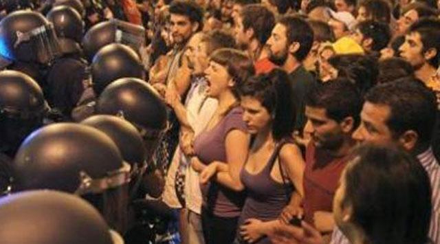 İspanyada Protestolar Sürüyor