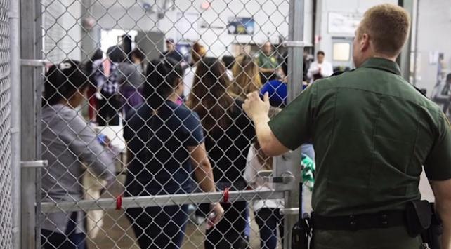 ABDde ailelerinden ayrılan göçmen çocuklarla ilgili çarpıcı rapor