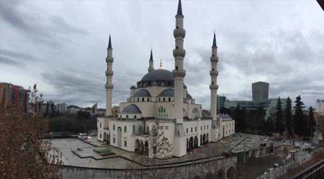 Balkanların en büyük camisi yıl sonunda ibadete açılacak