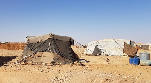 Suriyeliler, kaderine terk edilen Rukban Kampında yaşam mücadelesi veriyor