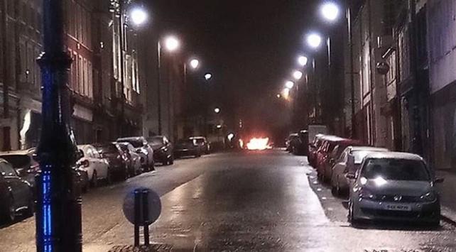 Kuzey İrlandada bomba yüklü araç patladı