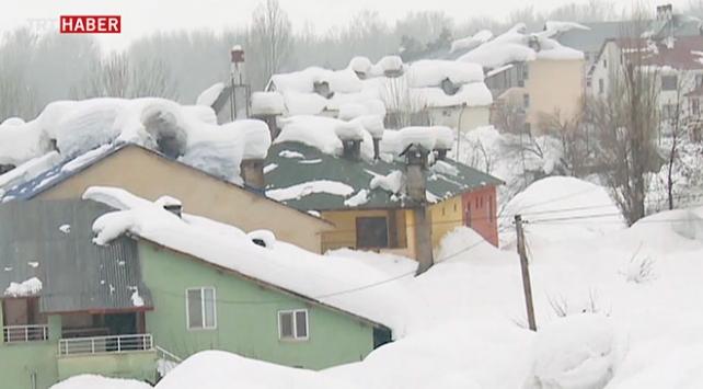 Ovacık'ta kar kalınlığı 3 metreyi aştı