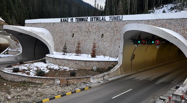 15 Temmuz İstiklal Tünelinden 1 milyon 25 bin araç geçti