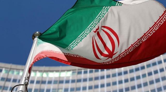 İranda 66 binden fazla memur işten çıkarıldı