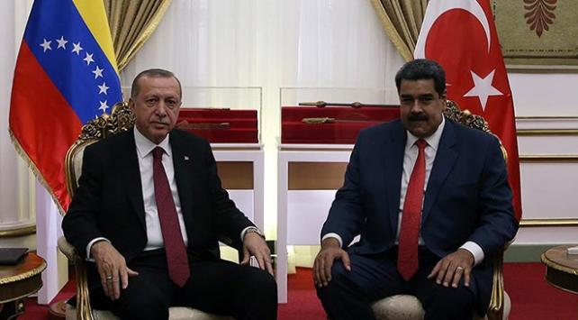 Cumhurbaşkanı Erdoğan, Venezuela Devlet Başkanı Maduroyu aradı