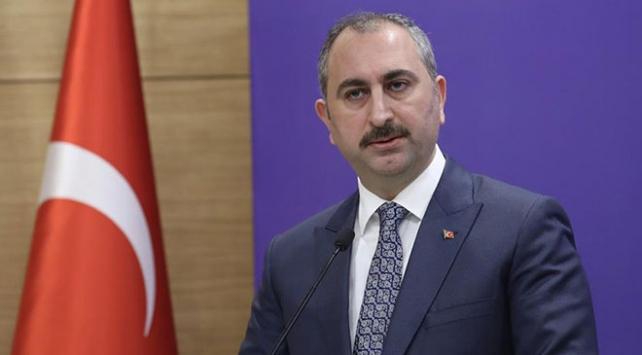 """Adalet Bakanı Gülden """"Ayşen Gruda"""" paylaşımı"""