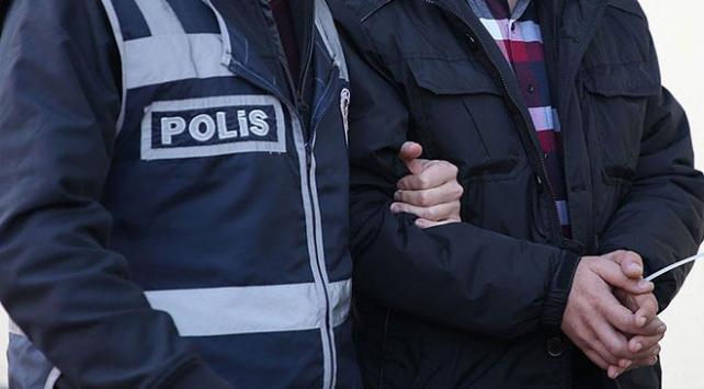 İzmirde eş zamanlı terör operasyonu: 13 gözaltı