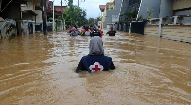 Endonezyadaki sel ve heyelanda ölü sayısı 59a ulaştı