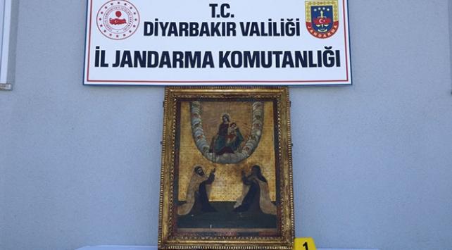 Diyarbakırda Roma dönemine ait tablolar ele geçirildi
