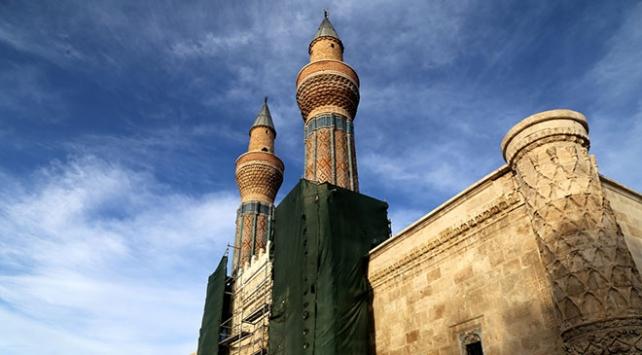 Sivastaki 748 yıllık Gök Medrese restore edildi