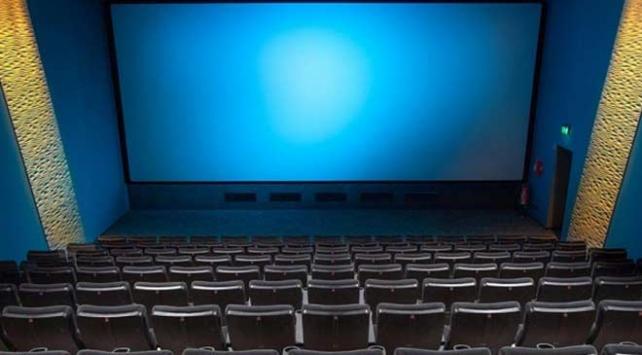 Yapımcı ve oyuncular sinema sektöründeki engellerin kalkmasından memnun