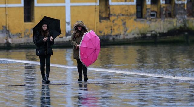 İzmir ve Manisaya rekor yağış