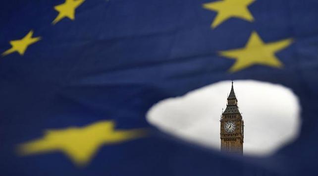 İngilterede Brexiti erteleme sinyali