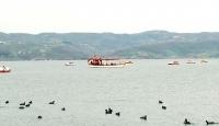 Ziyaretçiler Sapanca'da göl manzarasının tadını çıkardı