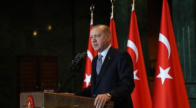 """Cumhurbaşkanı Erdoğandan """"2 adaydan 1i kadın olacak"""" talimatı"""