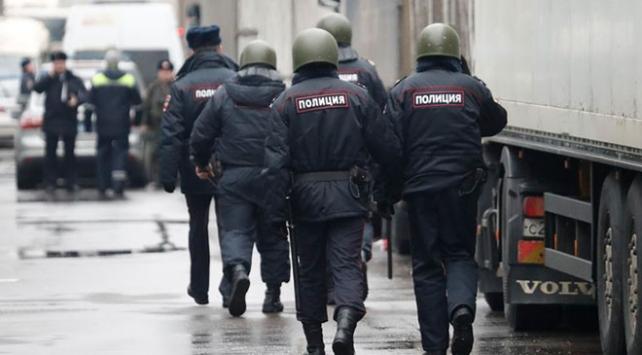 Moskovada bomba alarmı: 30 binden fazla kişi tahliye edildi