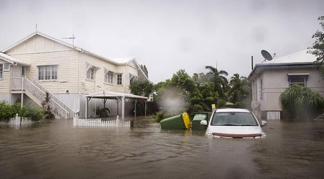 Avustalyadaki sel 250den fazla evi kullanılamaz hale getirdi