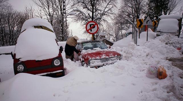 Pakistanda son 48 yılın en yoğun kar yağışı