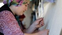 Manisalı kadınların dokuduğu halılar 30 ülkeye ihraç ediliyor