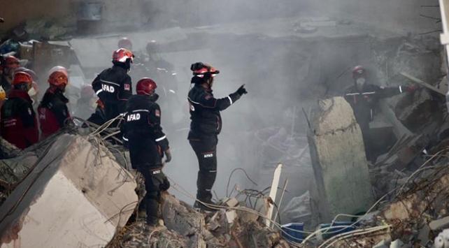Kartalda çöken binada hayatını kaybedenlerin sayısı 21e yükseldi