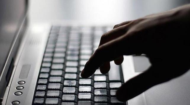 Sosyal medya kullanıcıları siber zorbalık mağduru