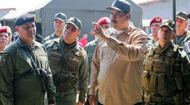 Venezuelada askeri müdahale tehditleri arasında tatbikat