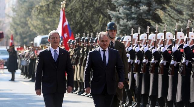 Rusya Savunma Bakanı Türkiyeye geldi