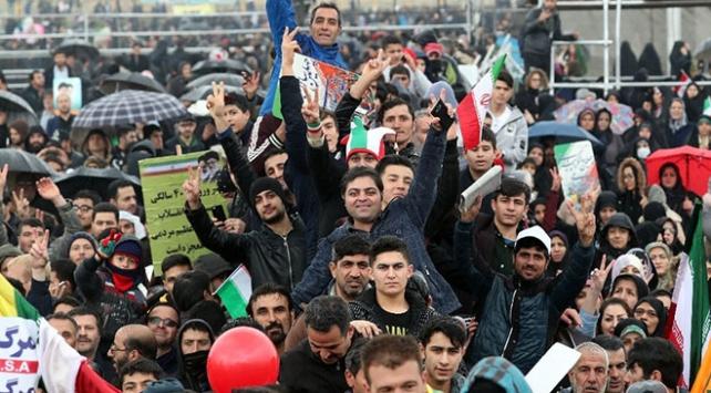 İran devrimin 40. yıl dönümünü kutladı
