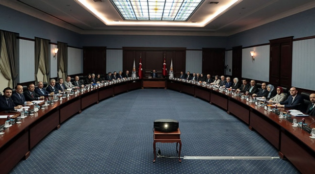 Cumhurbaşkanı Erdoğan, Ankarada seçim komisyonunu topladı
