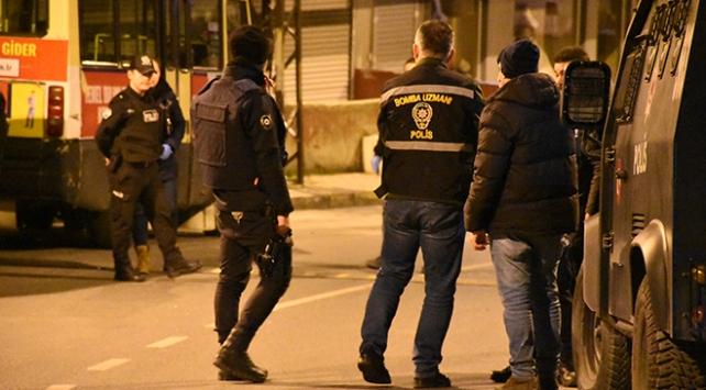 İstanbulda bir iş yeri önüne bırakılan EYP patladı