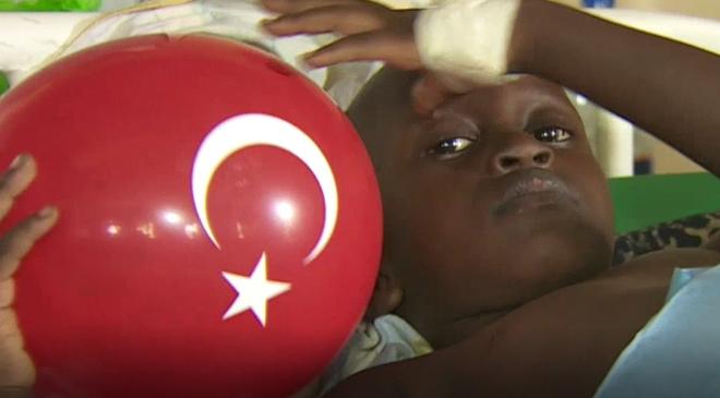 Türkiyenin gönüllü doktorları Kenyada mültecilerin yardımına koştu