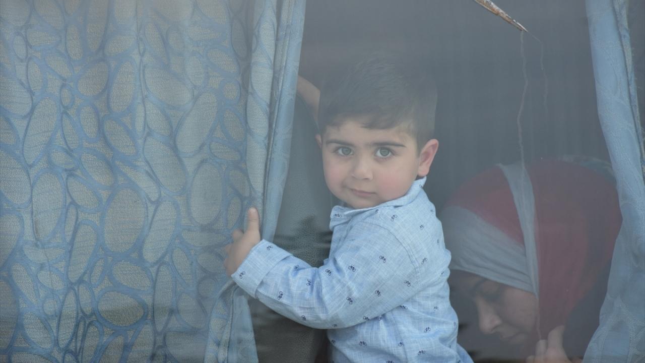 Suriyede alıkonulanlar eş zamanlı serbest bırakıldı