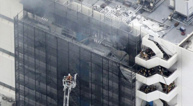 Japonyada 5 katlı depoda yangın: 3 ölü
