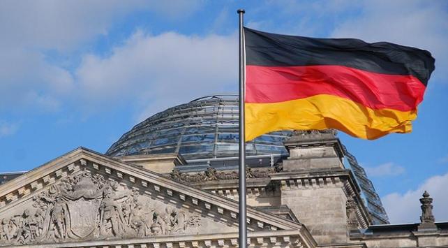 Suriye istihbaratı için çalışan iki kişi Almanyada tutuklandı