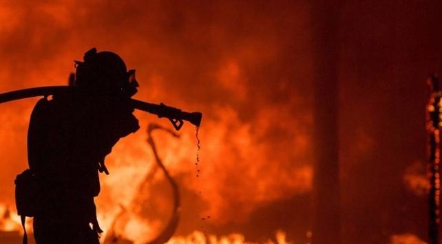 Avustralya'daki yangınlarda zarar gören ev sayısı 12'ye çıktı