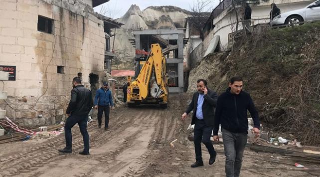 Peri bacalarının yanındaki otel inşaatında yıkıma başlandı