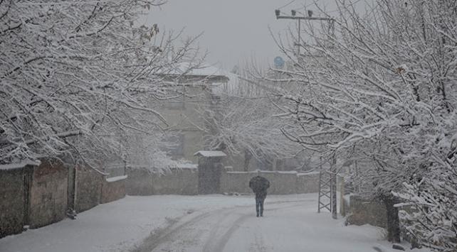 Meteorolojiden 2 kente kuvvetli kar yağışı uyarısı