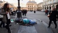 Paris'te 3 bin 600'den fazla kişi sokaklarda yaşıyor