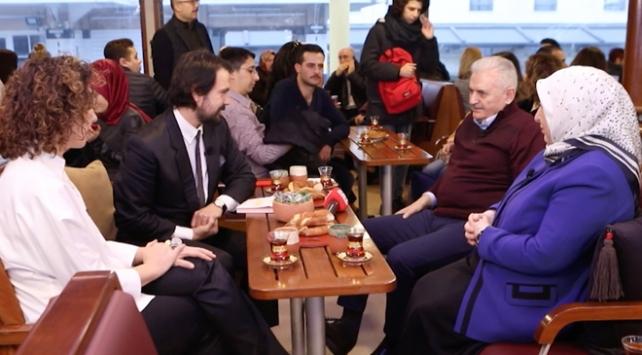 """""""Vapurda Çay Simit Sohbet""""in konuğu Binali Yıldırım"""