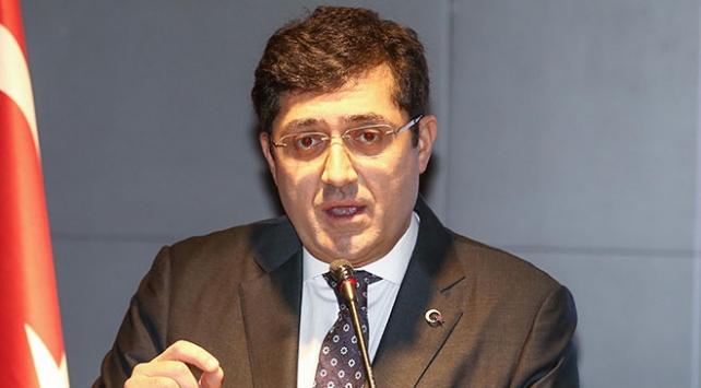 Eski Beşiktaş Belediye Başkanı Hazinedar CHPden istifa etti