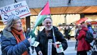 """İsveç'te """"İsrail mallarını alma boykot et"""" eylemi"""