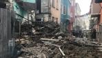 İstanbul Fatihte 4 katlı eski bina çöktü