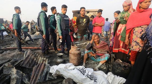 Bangladeş'te yangın: 8 ölü, 50 yaralı
