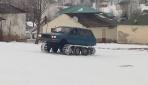Karadeniz usulü kar aracı yaptı