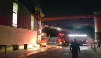 Sakarya'da fabrikanın yağ tankında yangın
