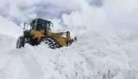 Doğu kar altında: 69 yol ulaşıma kapandı