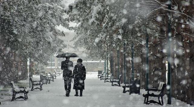 Orta ve Doğu Karadeniz için kar yağışı uyarısı