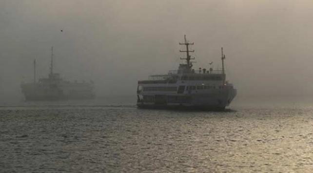 İstanbulda vapur seferlerine sis engeli